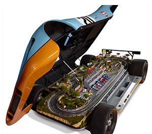 hammacher gulf porsche slot car set, open - Gulf collectibles