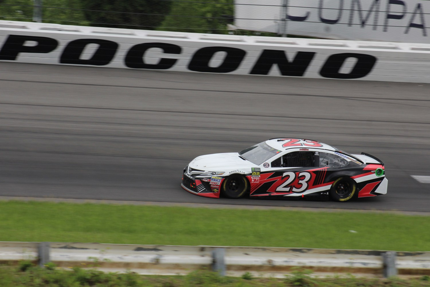 Gray Gaulding races during the 2018 Pocono 400. (Tyler Head   The Racing Experts)
