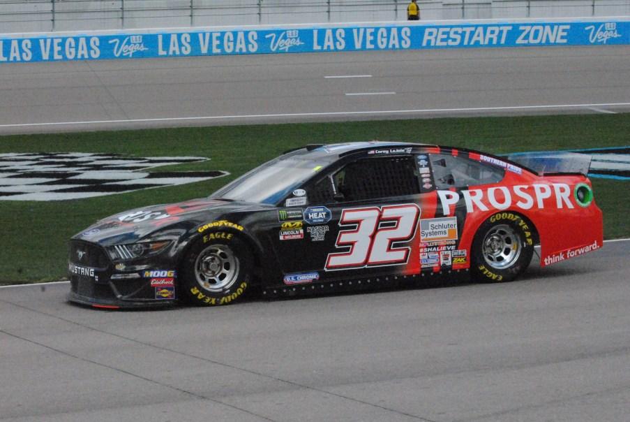 2019 Las Vegas 32 Corey LaJoie
