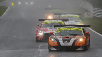 bgt2017_round1_race1_centurymotorsport_69_ginetta