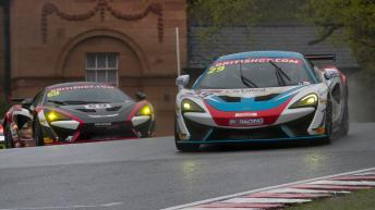 bgt2017_round1_race1_in2racing_29_mclaren_02