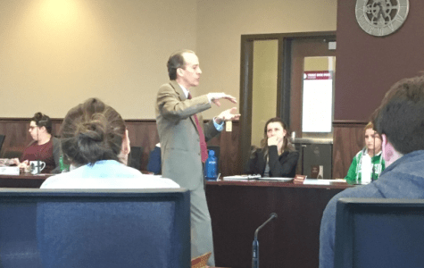 Student Senate discusses the future of financial affairs at UWL