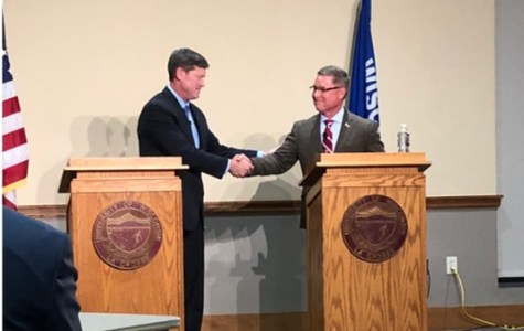 Ron Kind and Steve Toft debate for Congress at UWL