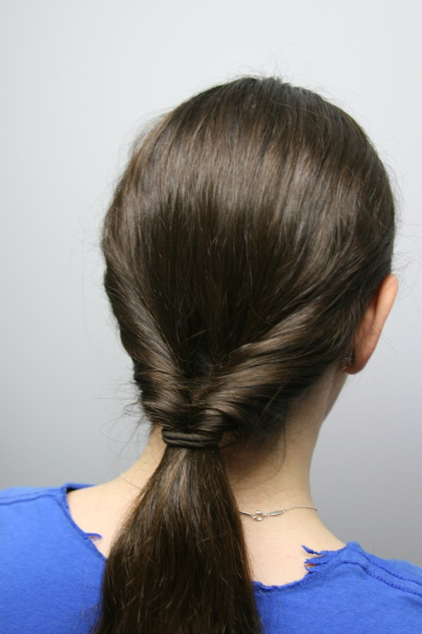 30 Normal Easy Hairstyles Hairstyles Ideas Walk The Falls