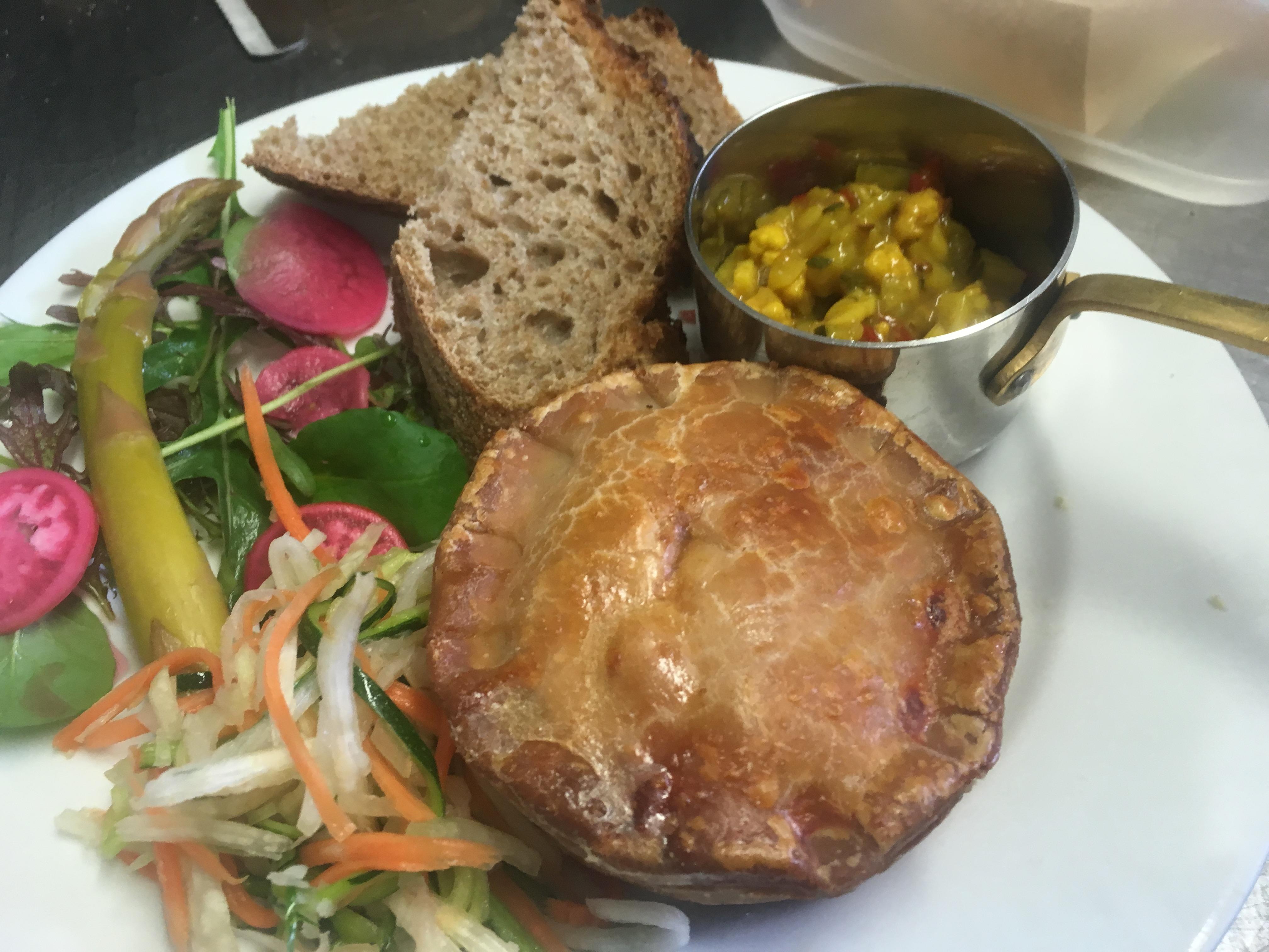 New forest pub ploughman - Crow Farm Pork Pie