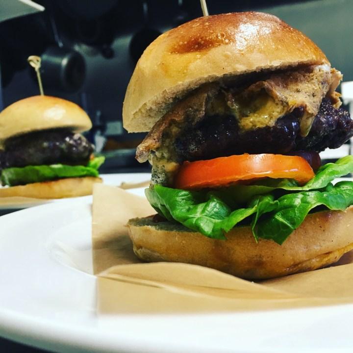 (Nearly) Half Price House Burgers 🍔 (including veggie and 🌱 vegan)