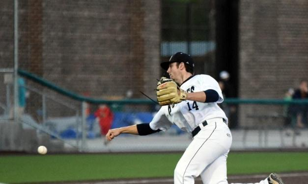 Regas excels in summer league play