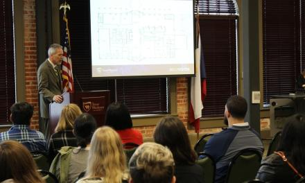 Slabach talks about changes coming to Texas Wesleyan at first town hall meeting of semester