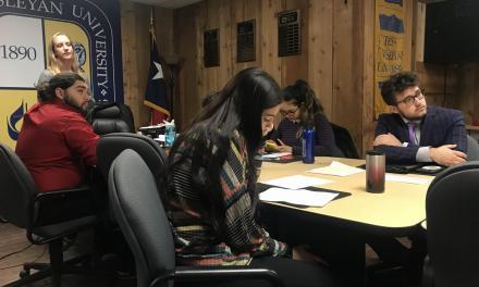 SGA seeks more audience participation in meetings