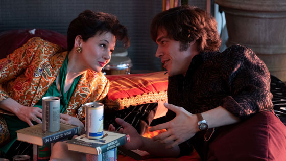 Renee Zellweger as Judy Garland and Finn Wittrock as Mickey Deans
