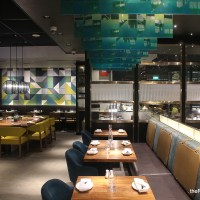 Food Review: Beach Road Kitchen at JW Marriott Hotel Singapore South Beach | Gorgeous space, and the best Chocolate-coated Macadamia Nuts