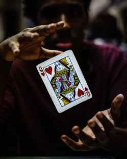 card dark floating focus