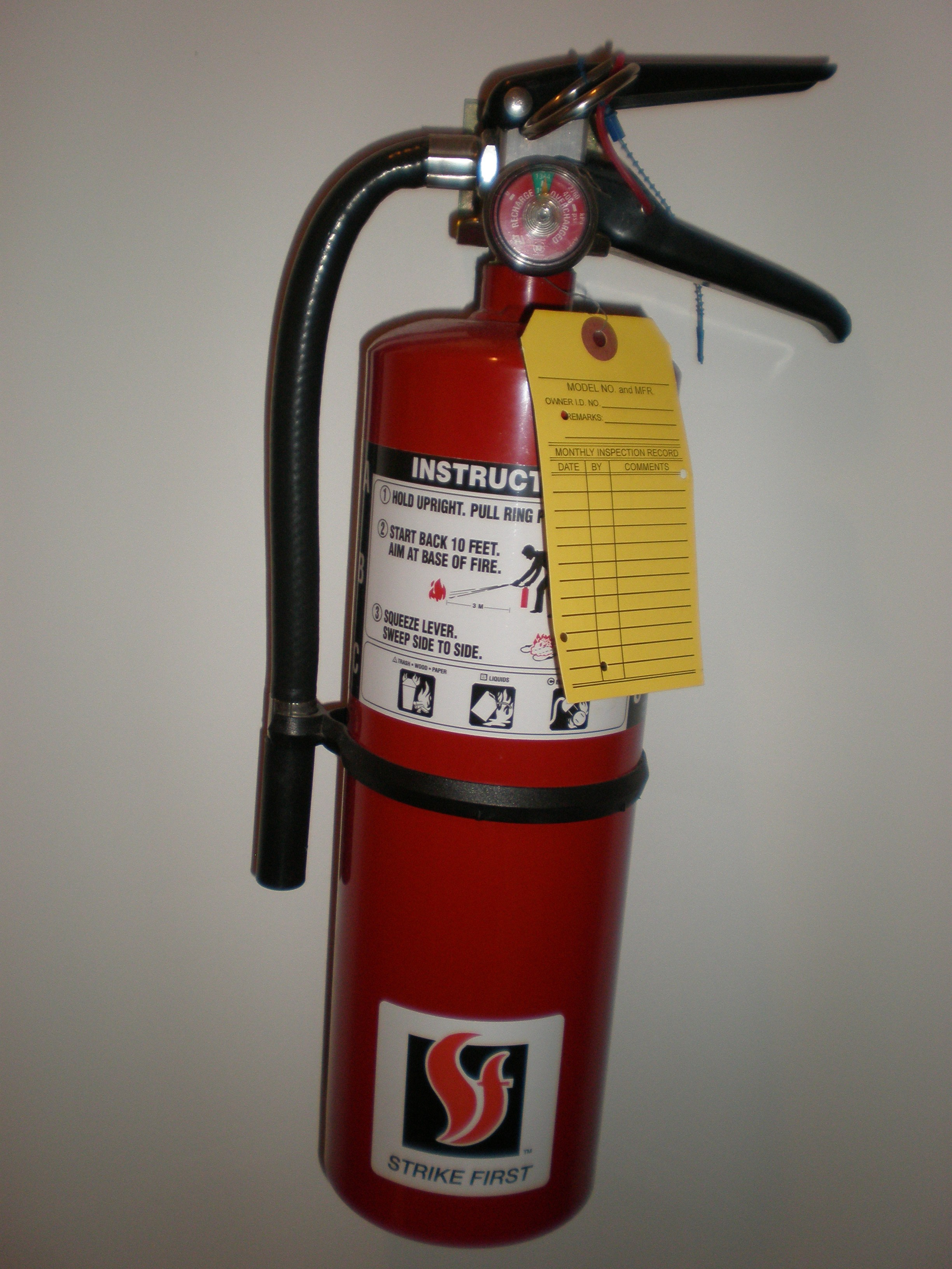 fire extinguisher for kitchen use desk safety 21 easy ways to make your safer