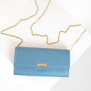Pastel blue Minibag wallet in ecofriendly vegan leather