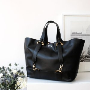 black vegan tote bag from Jenah St.
