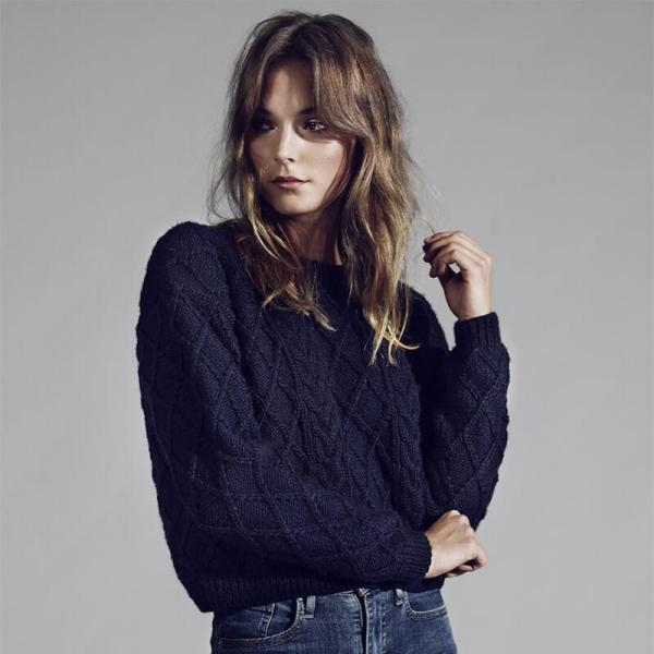 Model wearing jeans and Hand-Knitted Navy Blue Wool Sweater - Winter and Autumn Accessories - ABURY Collection Ecuador handmade