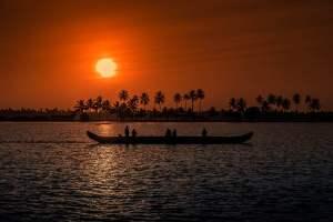 Backwater Holiday Destinations in Kerala