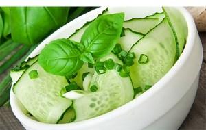 Eat Raw Food - Cucumber Salad