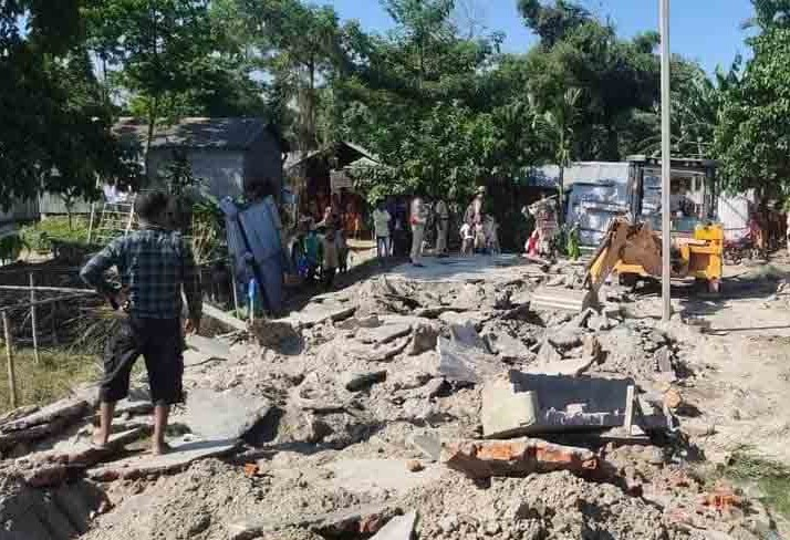 'Protest in Assam Toady':  2 dead in Assam eviction drive: Man Beaten with sticks, shot on Camera