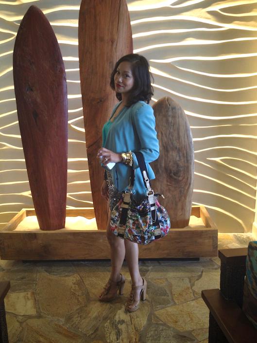OOTD, Hawaii Street Style, Sequin Shorts, Aqua Color Blocking