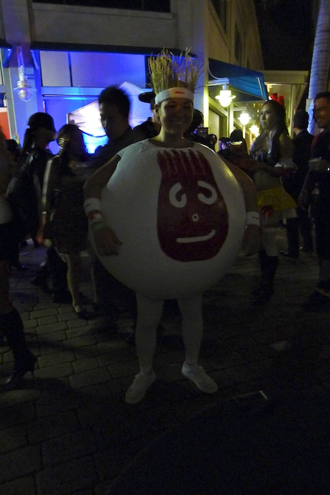 thereafterish, Aloha Tower Halloween Party, Wilson and Castaway Costume