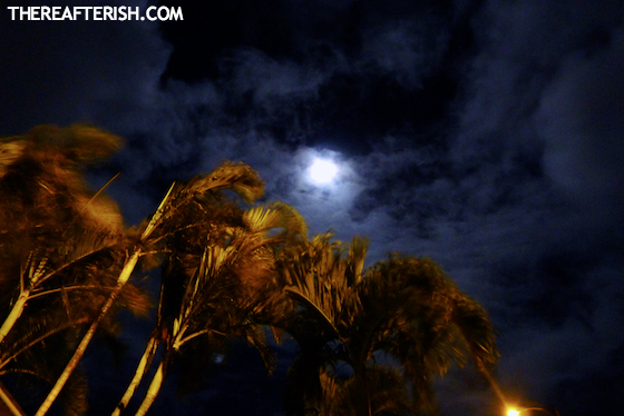 thereafterish, hawaii super moon, hawaii life, summer solstice moon, super moon, super moon hawaii, cloudy sky moon, night sky moon picture