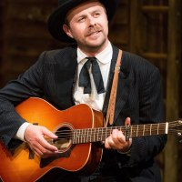 Review – Calamity Jane, Milton Keynes Theatre, 25th November 2014