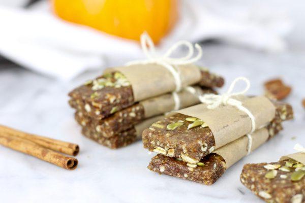 pumpkin-spice-protein-bars-21