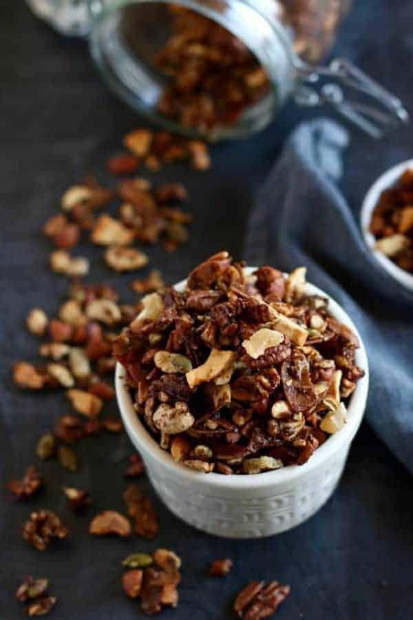 Grain-free Gingerbread Granola | paleo granola recipes | gluten-free granola recipe | dairy-free granola recipe | vegan granola recipe | healthy holiday snacks | healthy granola recipes | healthy gingerbread recipes || The Real Food Dietitians #granolarecipe #paleosnack #healthyholidayrecipes