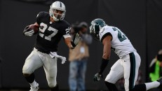Philadelphia Eagles v Oakland Raiders