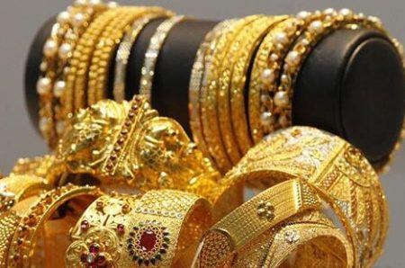 Gold gains Rs 99 on firm global trends