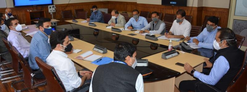 Advisor Baseer Khan discusses issues and demands of tourism stakeholders with concerned department