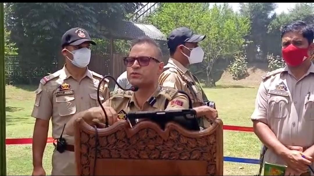 SSP Anantnag Hold Interaction With General Public in Bijbehara