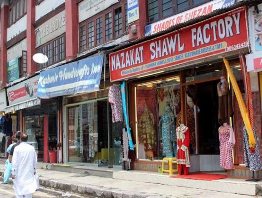 On Alternate basis, Govt allows Biz established To Operate in Srinagar.