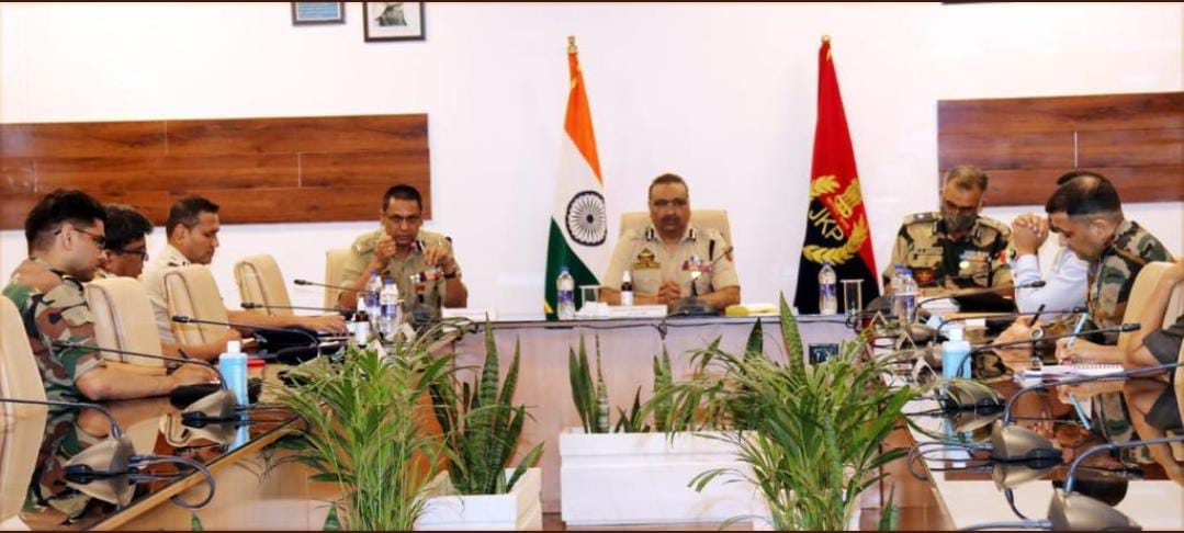 DGP Dilbag Singh chaired a high level joint security meeting at Police Headquarters to review the security scenario in Jammu zone