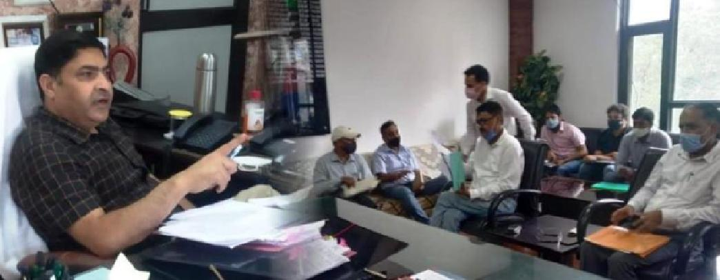 DC Poonch reviews power supply scenario in the district, Sets deadline for completion of Receiving Stations