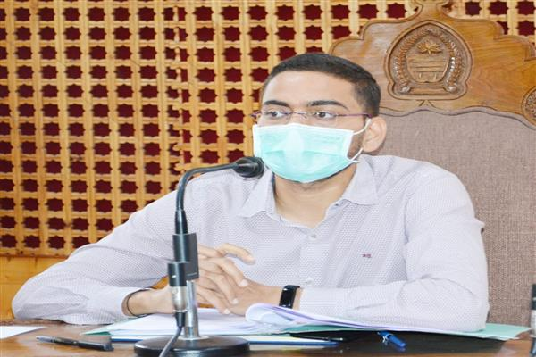 DC Shopian hails people for cooperation in containing Covid-19 spread