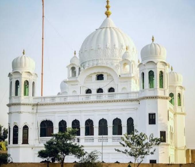 Pakistan to allow Sikh pilgrims to visit Kartarpur Sahib amid COVID wave