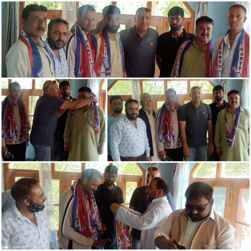 Prominent Political Workers from Ajas, Bandipora joined Apni Party