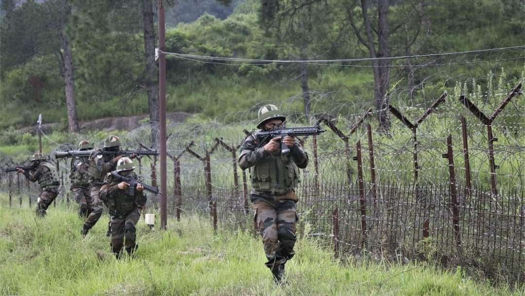 Infiltration bid foiled, infiltrator killed along LoC in Poonch: Army