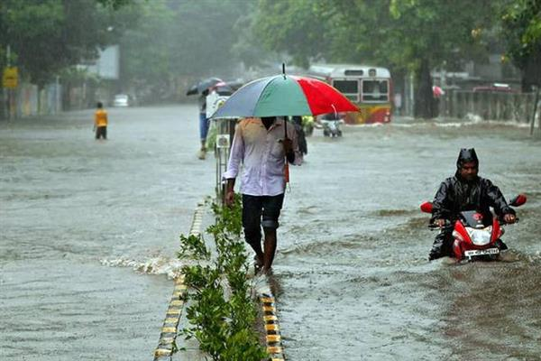 MP rains: 60 people stranded in flooded building in Sheopur