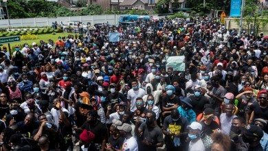Photo of Dear Nigerians, it's okay to lambast EndSARS protesters
