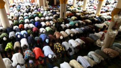 Photo of 5 killed, many kidnapped as bandits raid Nigerian mosque