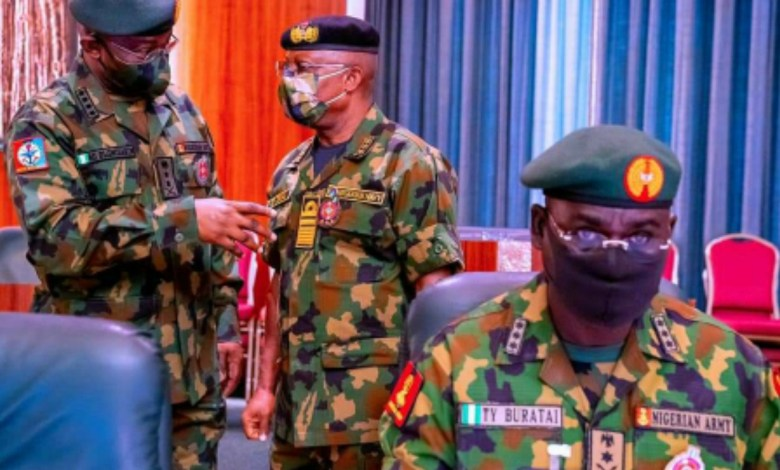 Photo of Buratai, other former service chiefs, spent 'extra' N2.6 trillion on multiple arms deals — report