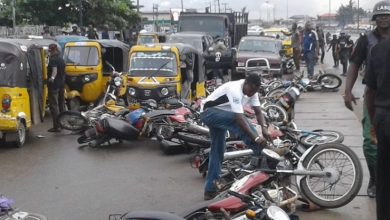 Photo of Police retreat as okada riders, Lagos Task Force clash again