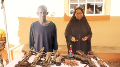 Photo of Insecurity: Nigeria Police recover 6 AK-49 rifles from 1 woman