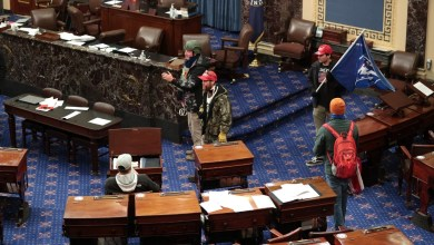 Photo of Biden's election certification suspended as Trump's supporters invade Congress