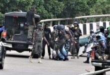 Photo of Police allegedly beat up hijab-wearing women in Abuja