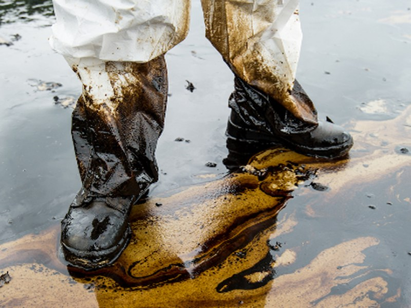 Oil Industry Cleanup Costs Vastly Exceed Alberta Government's Estimates