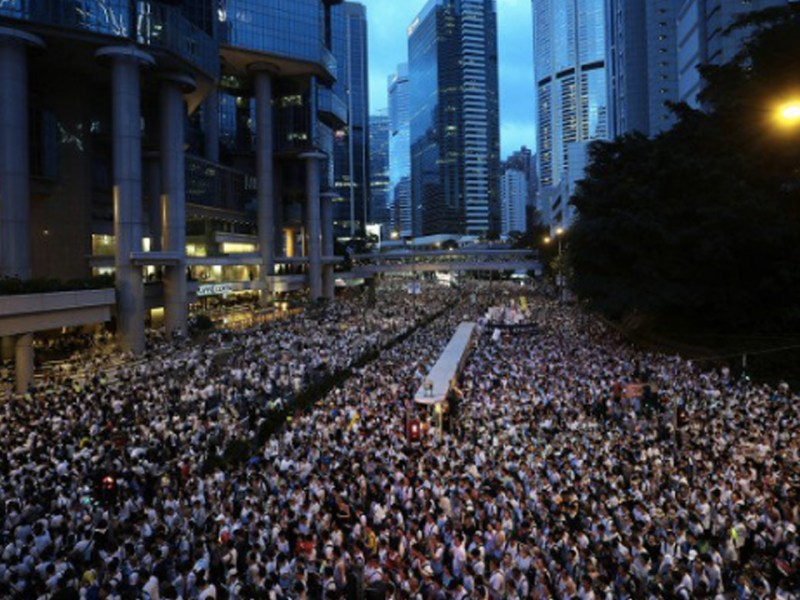 Hong Kong Authorities Bow to Beijing, Determined to Ignore a Million Protesters